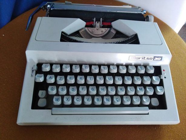 Máquina de escrever moritso 30