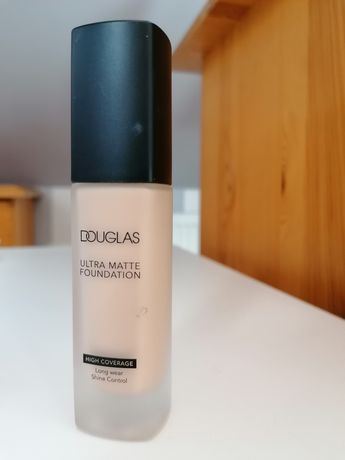 Podkład do twarzy Douglas ultra matte foundation