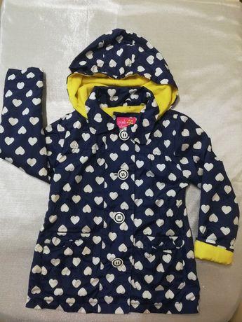 Куртка - плащик демисезонная на 5-6 лет
