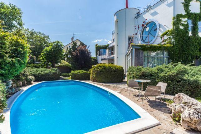 Стильный современный дом с большим бассейном 14 ст Б Фонтана