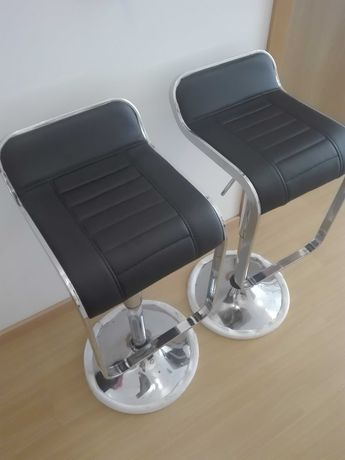 Cadeiras de pé alto