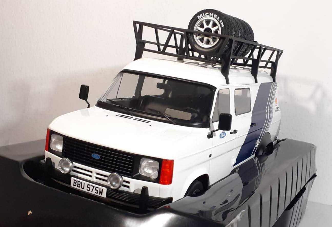 1/18 Ford Transit MK2 Team Ford - IXO