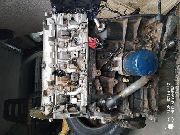 Renault grand scenic1.5 рено гранд сценік 1.5 двигун дизель
