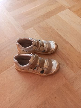Buty dziewczęce 35
