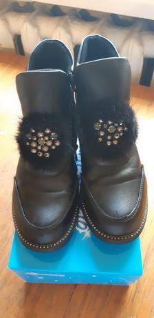 Осенние ботинки для девочки б/у
