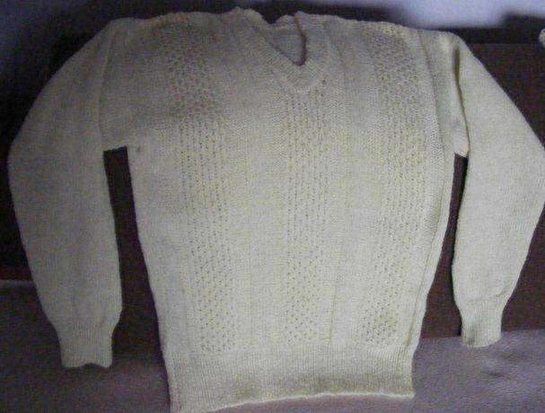 Swetry ręcznie robione, naturalna wełna 2 szt