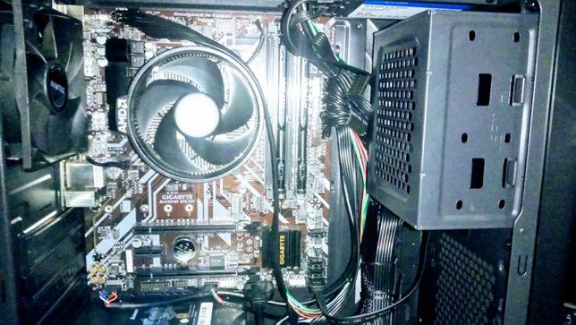 Системный блок Ryzen 3 2200G, 8 Гб DDR4, 240 SSD, 400W