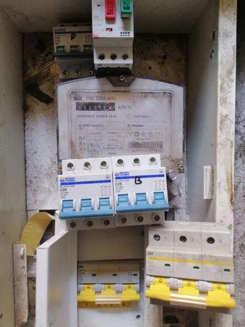 Автомат в щиток и кабель 3 х фазный медный 5*16