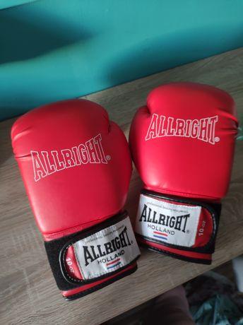 Rękawice bokserskie nowe