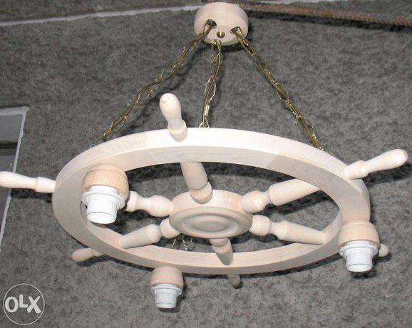 Lampa na podstawie koła sterowego Koło drewniane