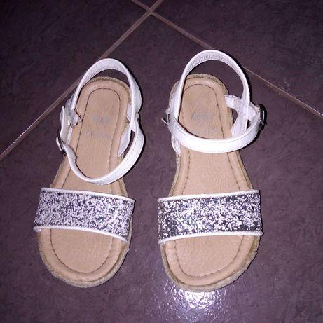 Sandałki rozmiar 28, nowe, piękne z brokatem komunia, ślub, chrzest