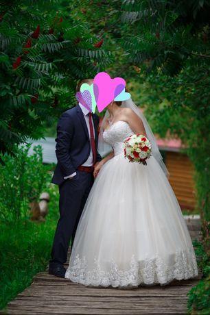 Терміново Весільна сукня