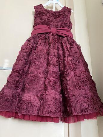 Платье нарядное на 4 года
