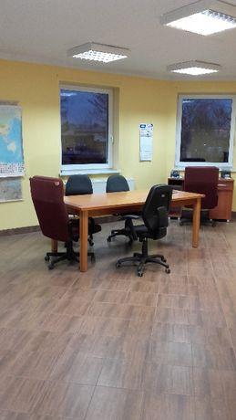 Wynajmę lokale, biura, gabinety od 40m2, z parkingiem Brzeg