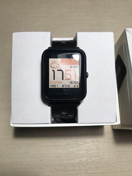 Продам часы amazfit bip