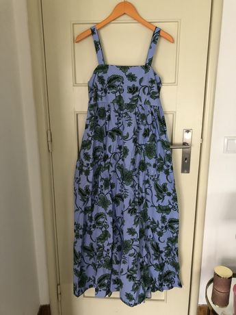 Vestido Zara azul com flores