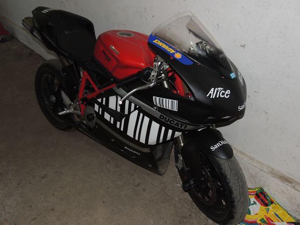 Ducati 848 EVO кольцевик
