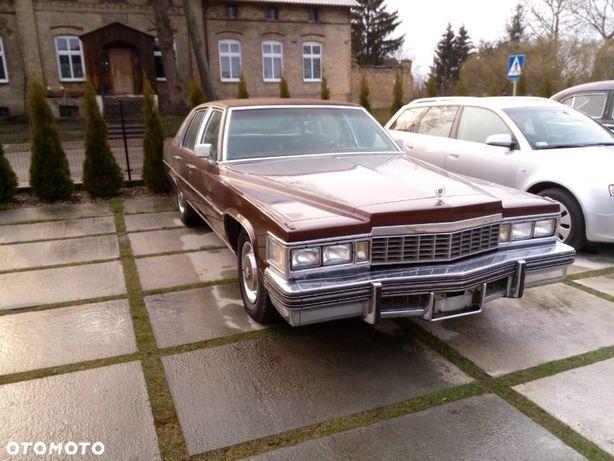 Cadillac Fleetwood 1977 Cadillac Fleetwood 4dr