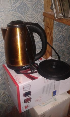 Чайник 2л електрический