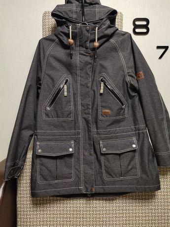 Стильная куртка, ветровка,  бренд Jack Wolfskin