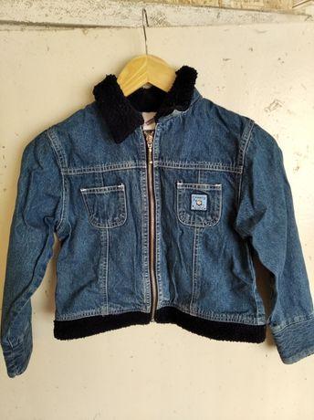 Вещи (джинсы, пайта, джинсовая курточка)
