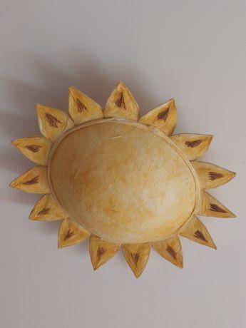 Candeeiro de teto em forma de sol