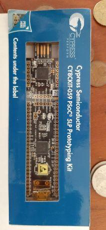 Cypress CY8CKIT-059 PSoC® 5LP комплект розробки та налагодження