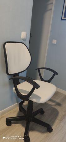 Cadeira de escritório napa branca