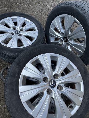 Felgi+ śruby + opony Citroen Michelin 16