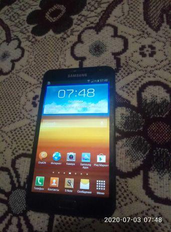 Samsung Galaxy Note, GT-N7000