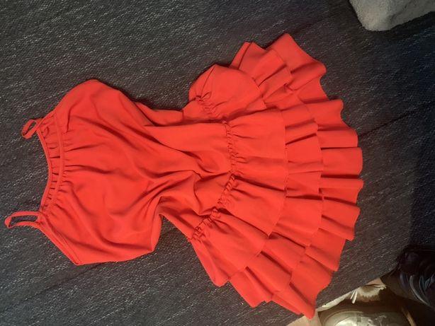 Sukienka falbanki czerwona