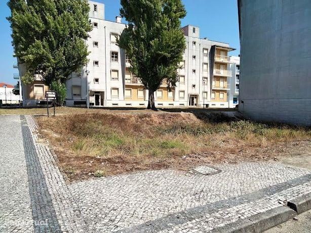 Terreno p/construção de prédio, excelente localização em Condeixa