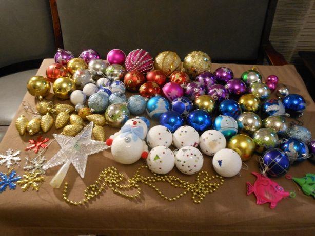 огромный пакет елочных игрушек 80 штук со звездой,бусами и снеговиком