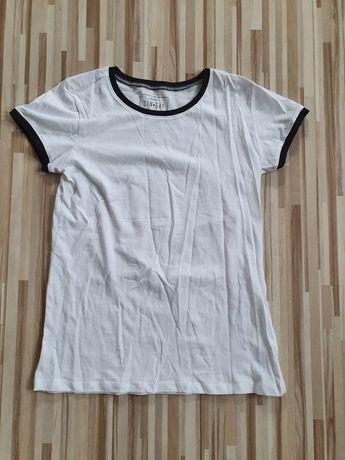 Biała koszulka Sinsay S