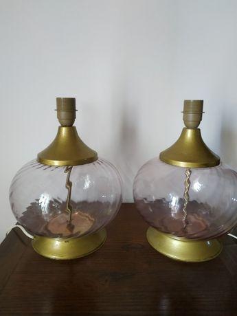 Candeeiros de mesa em vidro de cor