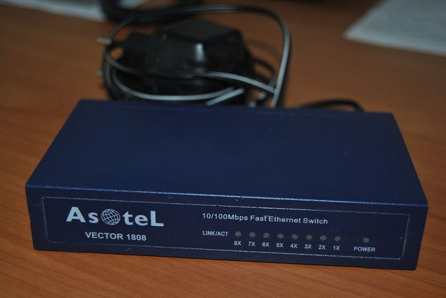 Коммутатор/Свич Asotel Vector 1808, 8-Port 10/100 Desktop Switch