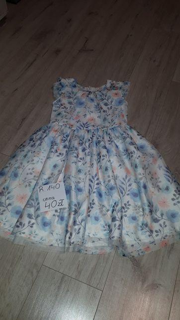 Suknia r140