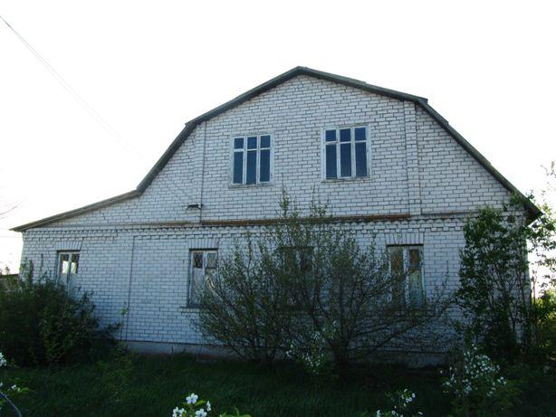 Дом (Переяслав-Хмельницкий р-н)