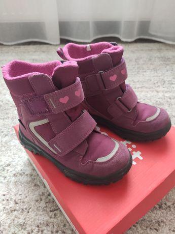 Зимние ботинки Superfit  на девочку 27 размер