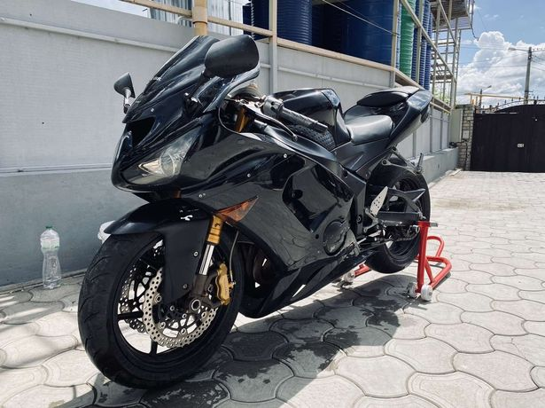 Продам мотоцикл Kawasaki Ninja 636