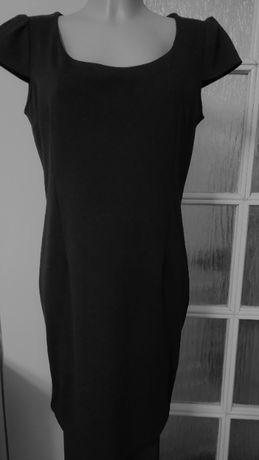 Sukienka czarna z rękawkami
