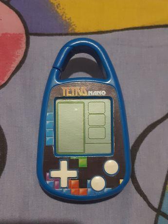 Игровая приставка Tetris Nano