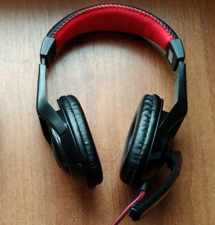 Наушники MSI Gaming Headset с микрофоном для геймеров.