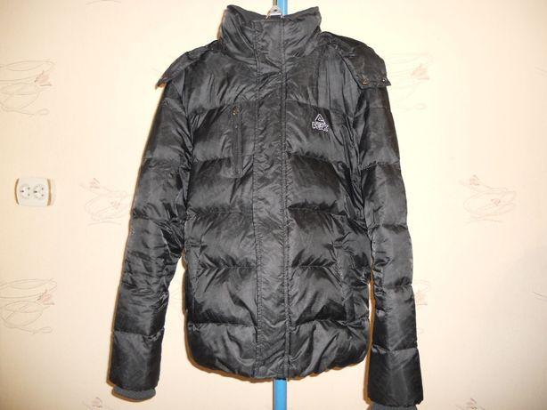 Куртка-пуховик PEAK размер М(48) состояние отличное