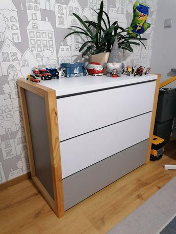 Komoda Bellamy Pinette 3 szuflady biała szara drewno