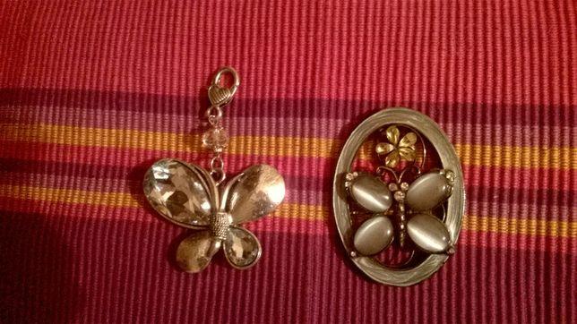 Sztuczna biżuteria dwie zawieszki do łańcuszka rzemyka brekoka motyle