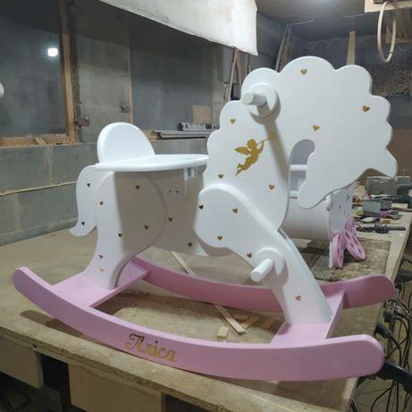 Лошадка качалка для ребенка