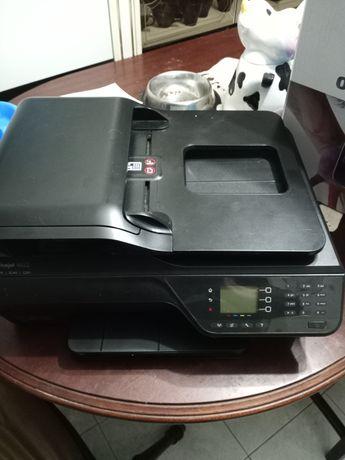Empressora com scanner e fax