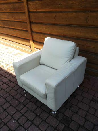 Fotele skórzany biały