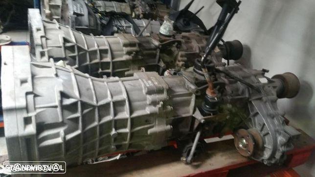 caixa de velocidades ou caixa de transferecias Nissan Navara d22